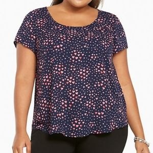 Torrid 2 Navy Crepe Button Back Pink Hearts Blouse